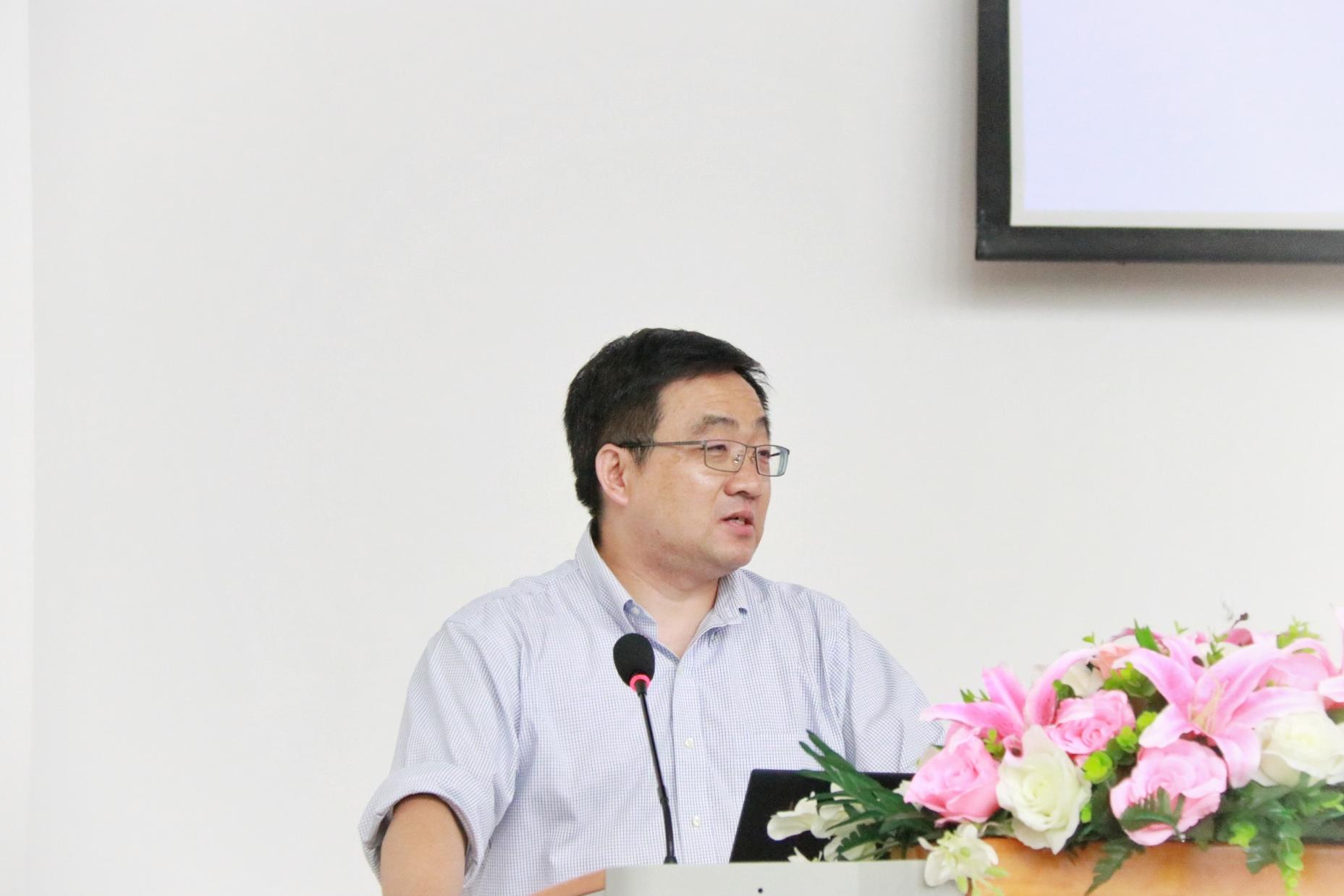 2019杨戈教师代表发言